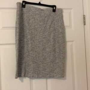 Stretch gray boucle pencil skirt